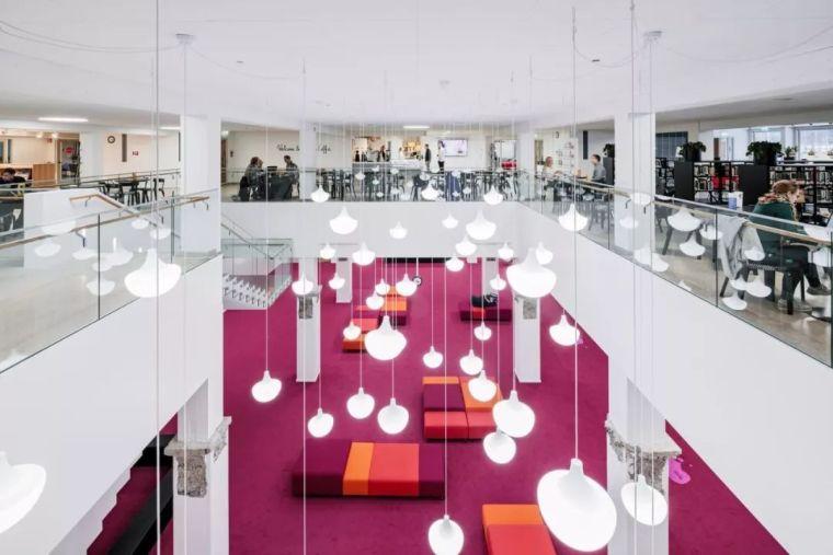 12座设计感超强的图书馆建筑!_4