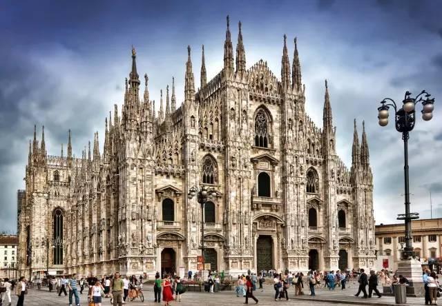 一座修了五个多世纪的教堂,精美绝伦