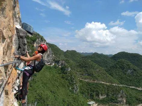 中国第一个百米崖壁上的美术馆!_7