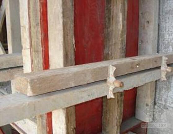 [创新QC]建筑施工有色耐磨地坪施工质量控制