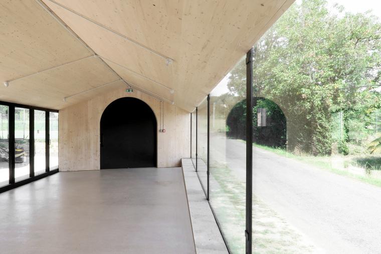 法国简洁木结构的学校食堂扩建-10