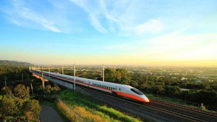 """对比一些世界城市,引发对""""轨道快线""""的思考"""