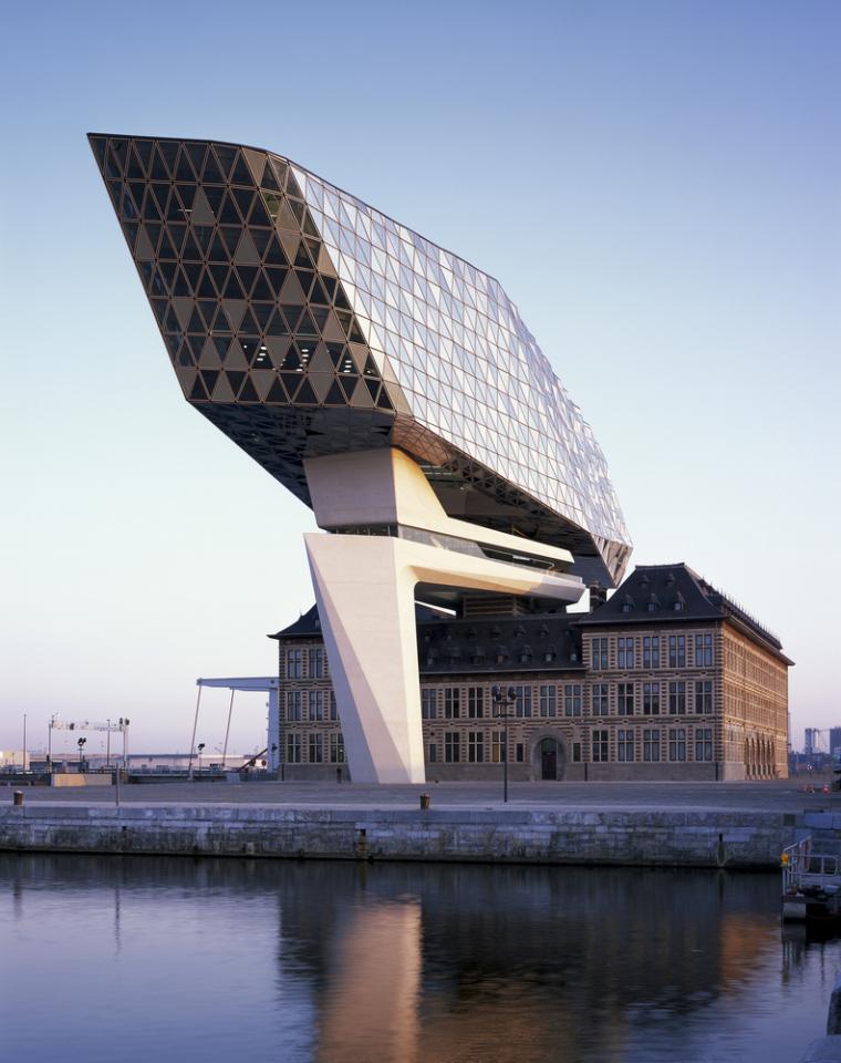 比利时安特卫普港口大楼-9