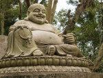 福建石雕厂家讲述大型寺院古建恭造大肚弥勒佛摆件的制作标准