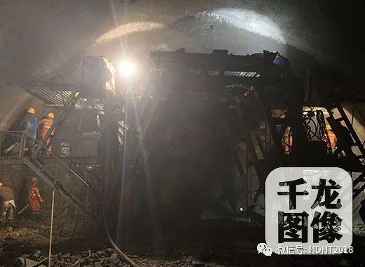 延崇高速北京段最长隧道顺利通过浅埋富水区_1