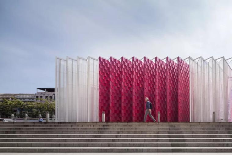 曼谷设计周展亭,再利用材料可变身包包和椅子/Cloud-floor_4