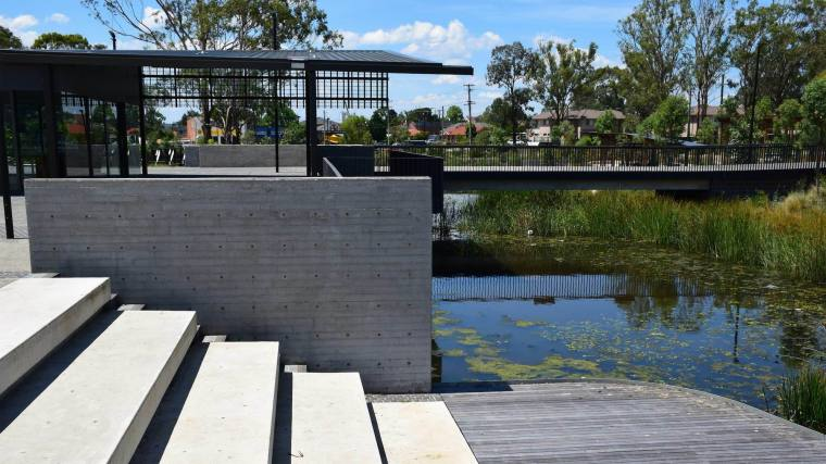 澳大利亚布莱克敦展场公园-5bff804d36e3a