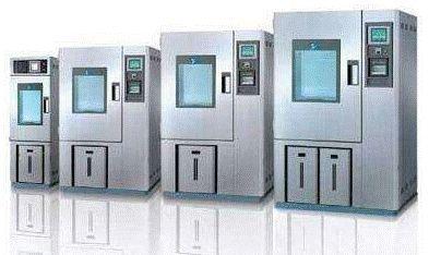 恒温恒湿箱是如何控制其内部温湿度及内部养护?