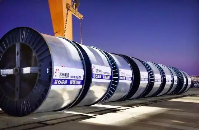 """""""超高层垂直高压电缆敷设技术""""在中国尊取得新突破!"""