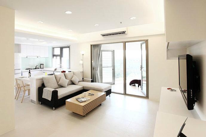 95平简约二居客厅背景墙电视墙设计效果图