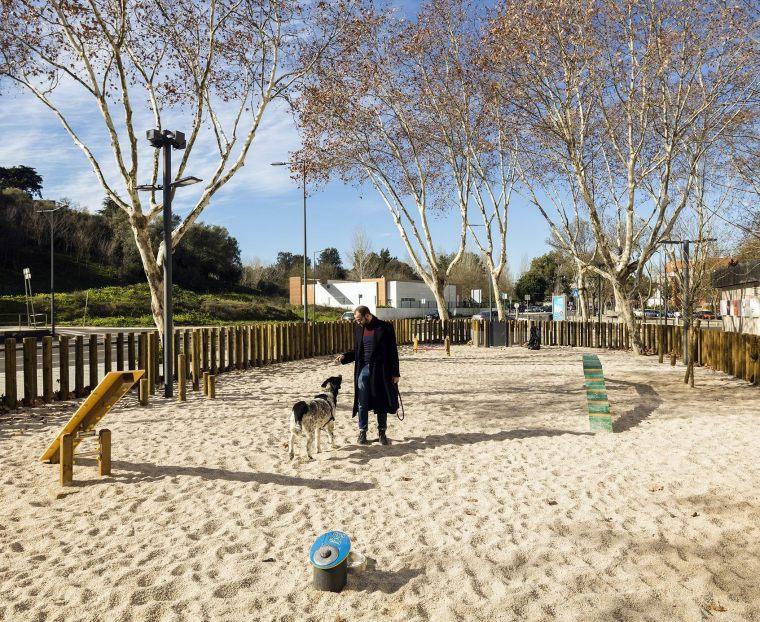 葡萄牙里斯本泉池公园-5aed0a62ddab7