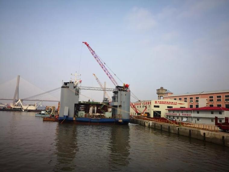 金光东隧道项目完成首件沉管预制_2