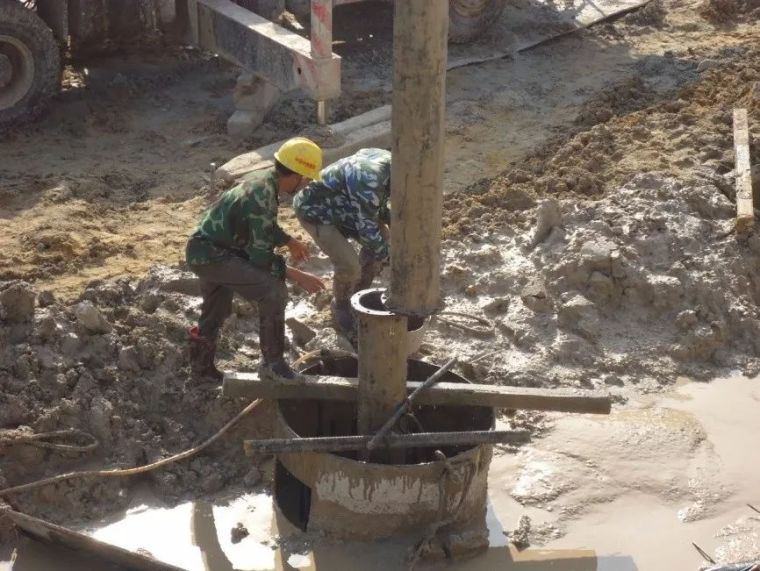 [图文]钻孔灌注桩施工工艺,从施工准备到水下混凝土浇筑!