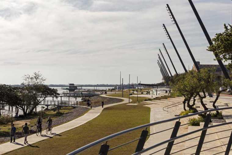 巴西阿雷格里港滨水公园-12