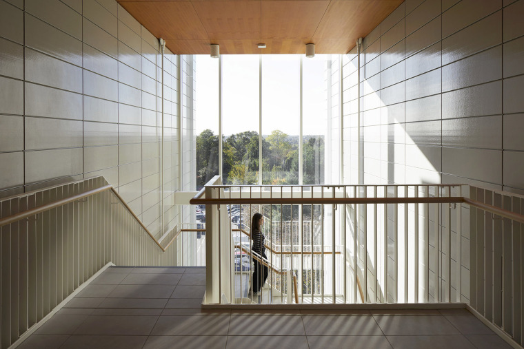 008-teaching-and-learning-building-of-university-of-nottingham-by-make-architects