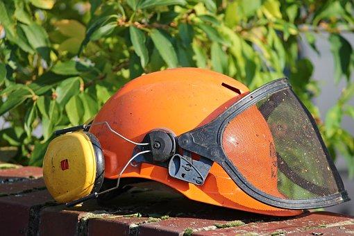7月4日建筑工程发生两起高处坠落事故及一起物体打击事故_2