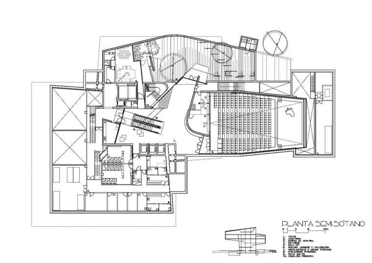 西班牙独特雕塑般构造的文化中心平面图 (23)