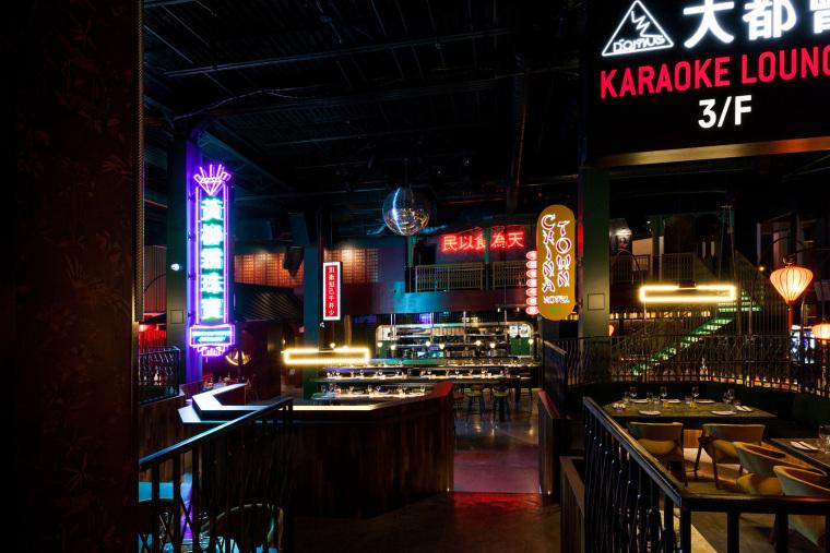 加拿大MissWong中餐厅-005-miss-wong-restaurant-by-menard-dworkind-architecture-design