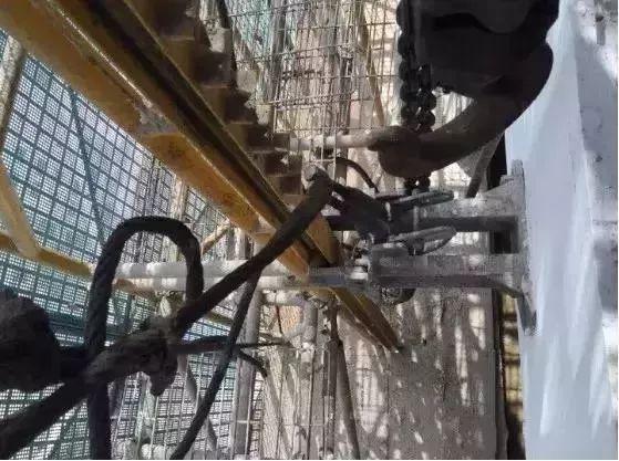 爬架施工,这9个现场安全隐患一定要排除_14