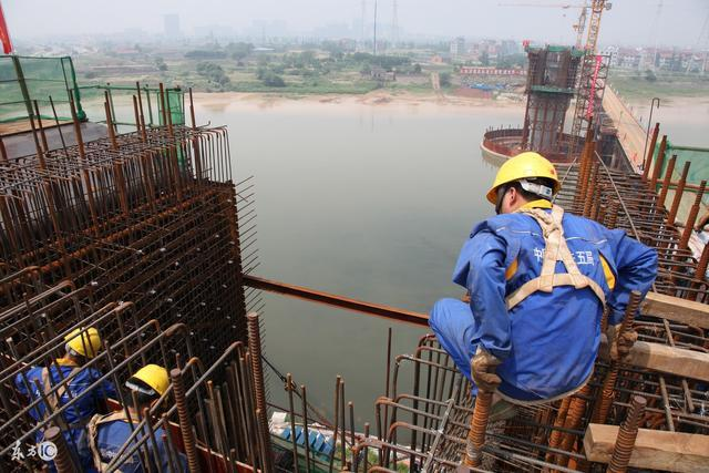 年关将近,建设工程领域的农民工如何突破维权困局拿回血汗钱?