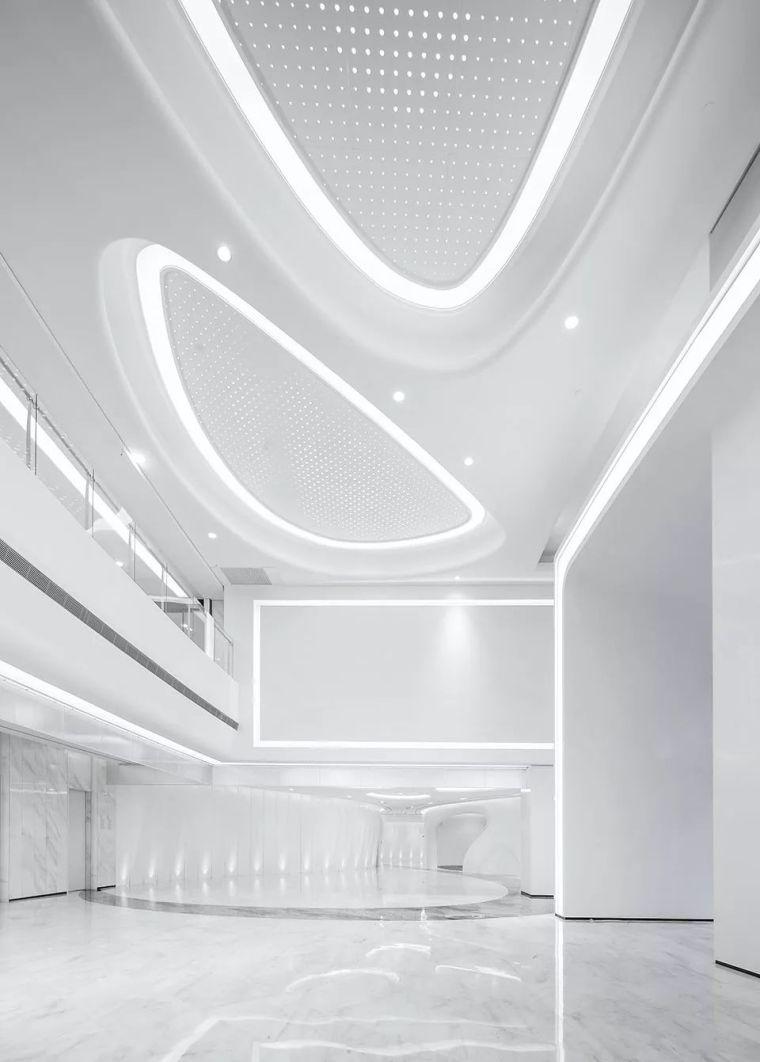 自然灵动、蓬勃之势——珀莱雅集团总部大楼