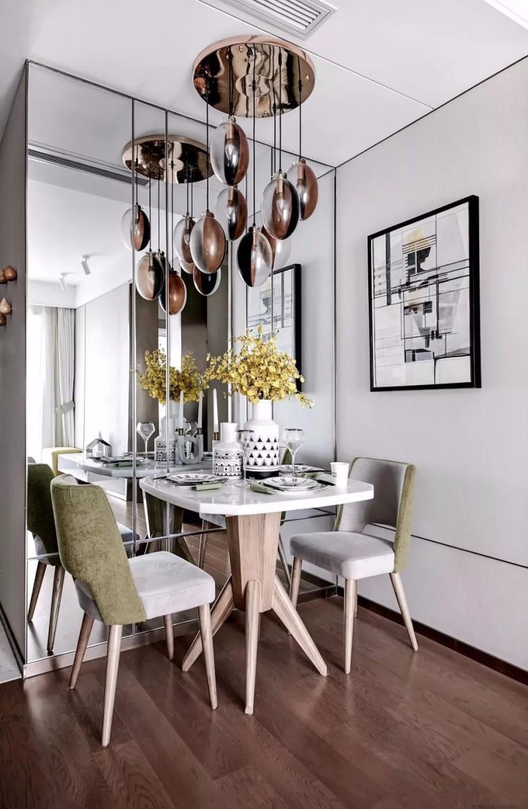 60平的现代简约风二居室,喜欢餐厅的玻璃背景墙设计