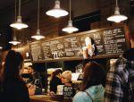 在日本星巴克,拍照比喝咖啡更重要…樱花盛宴、复古情怀