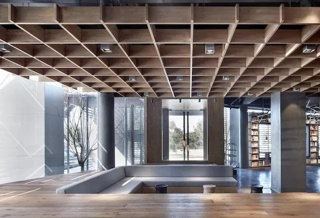 保定的这个新华书店,你还看得出来是个新华书店吗?-20161206_093909_021.jpg