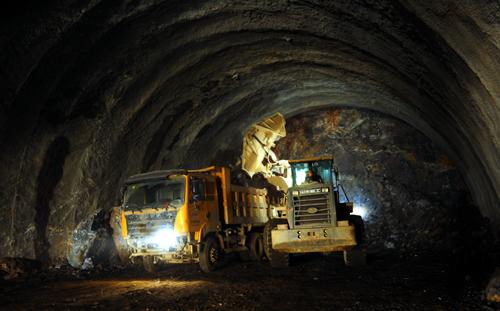 基于BIM技术的仿真模拟在地铁暗挖隧道施工中的应用