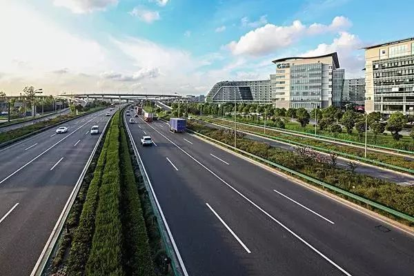 上海市将于今年底取消高速公路省界收费站!