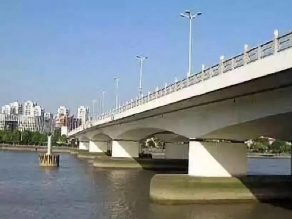 道路桥梁工程的病害分析与加固治理