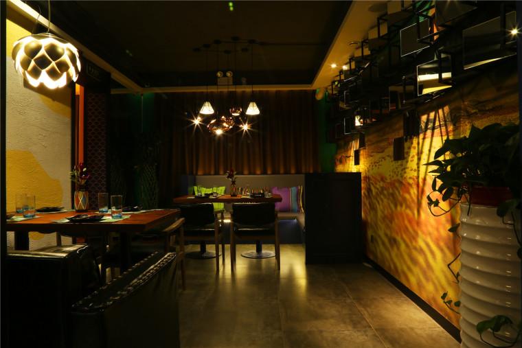 餐厅过廊.JPG