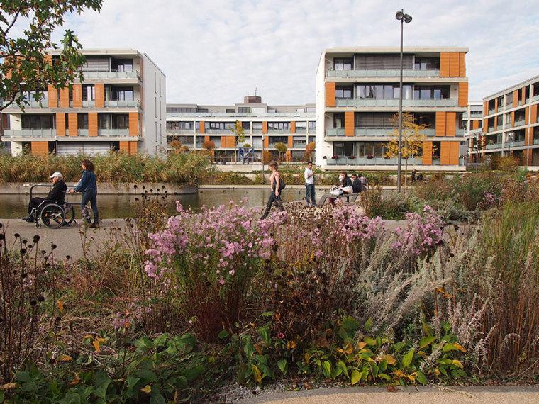 德国埃森大学公园景观设计_9