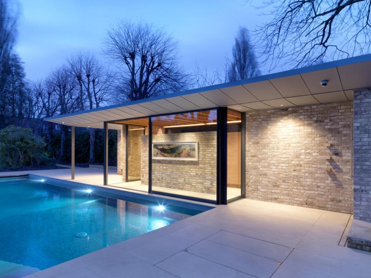 英国一对亭子和游泳池景观-12