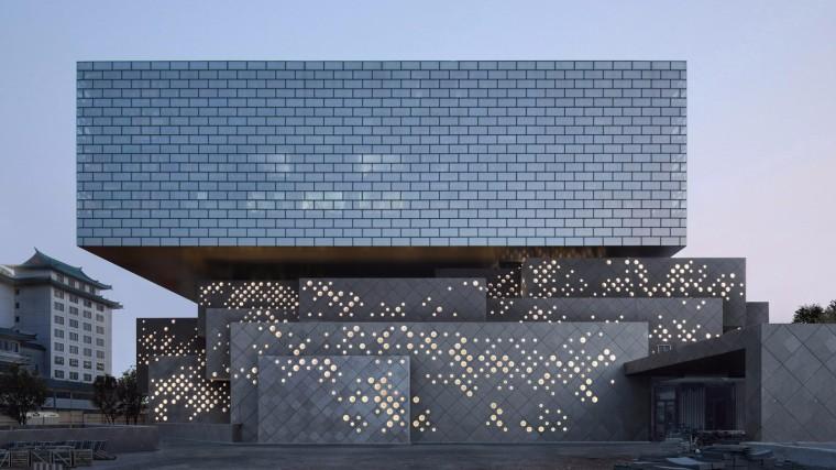 北京保卫艺术中心浮环建筑