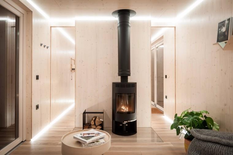 比利时能移动的生态小木屋内部实景图 (4)