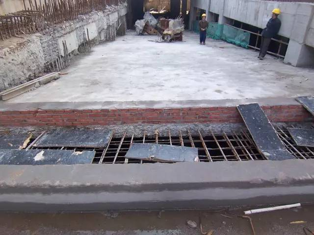 雨期施工及防汛专项措施