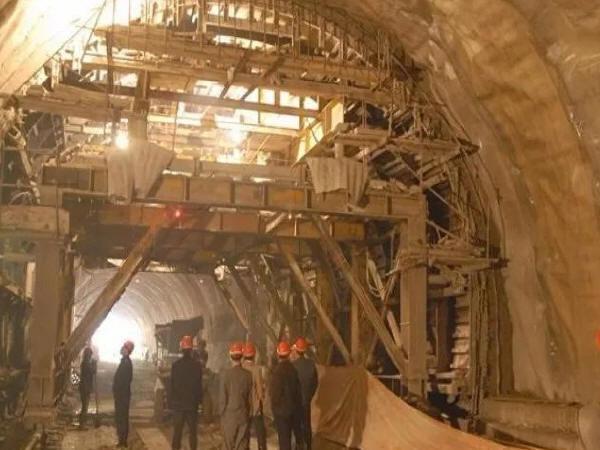 隧道工程中坍方处理及施工技术分析