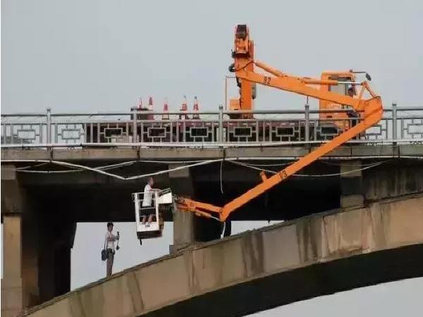 桥梁结构检测方法分类:桥梁结构材料的检测和荷载试验