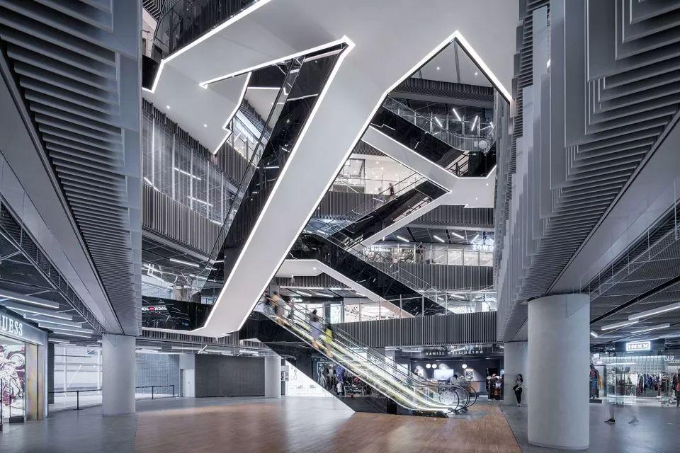 重新连结城市生活-上海世茂广场改造,上海/Kokaistudios_15