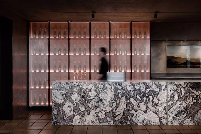 别找了,2018年最好看的餐饮空间设计都在这里了_57