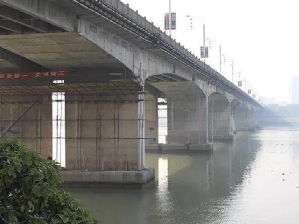 浅谈桥梁工程加固施工方案