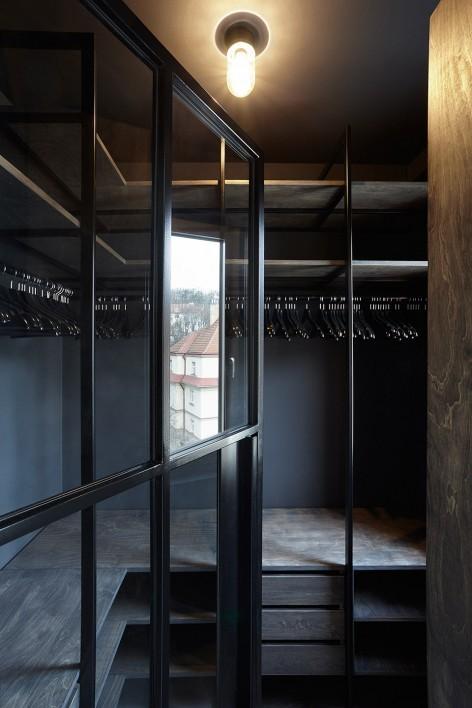 """""""非典型""""工业风-布拉格公寓设计_19"""