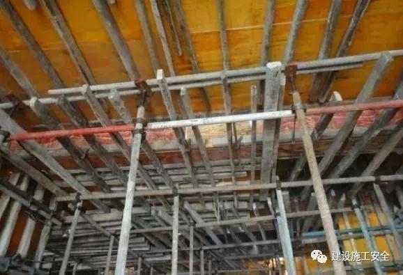 杜绝模板工程施工质量事故,要早做处理与预防!