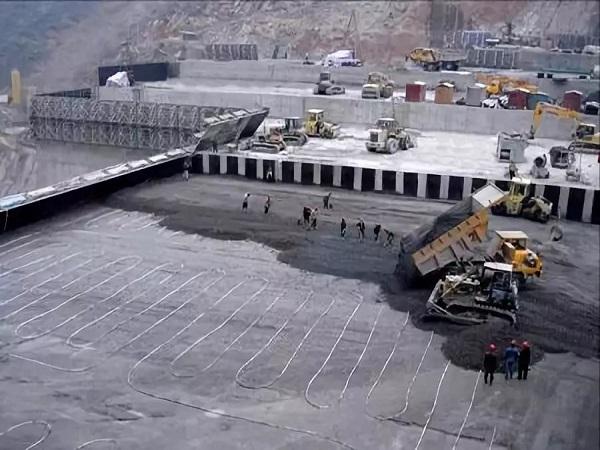 水利工程碾压式混凝土大坝施工技术研究