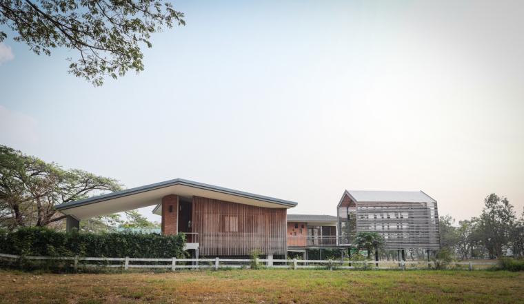 泰国干阑式住宅
