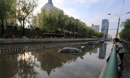 """暴雨下的北方城市是否需要""""海绵城市""""建设"""