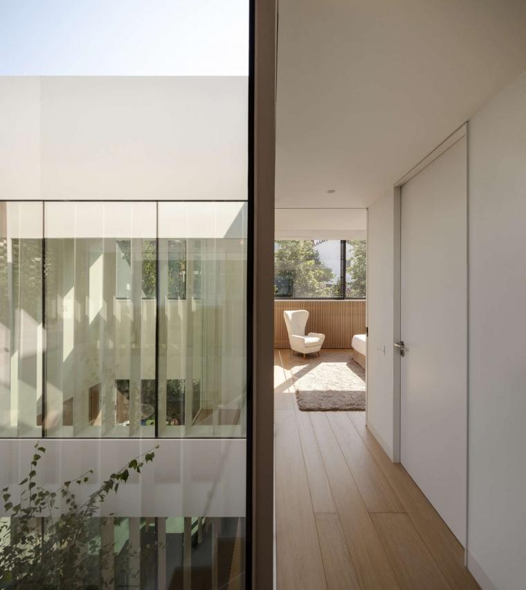 西班牙巴塞罗纳TR住宅-1 (13)