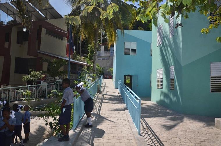 海地希望小学-6