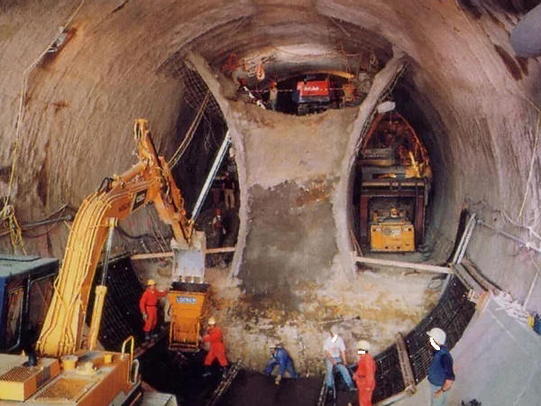 新奥法--隧道洞身开挖施工方法